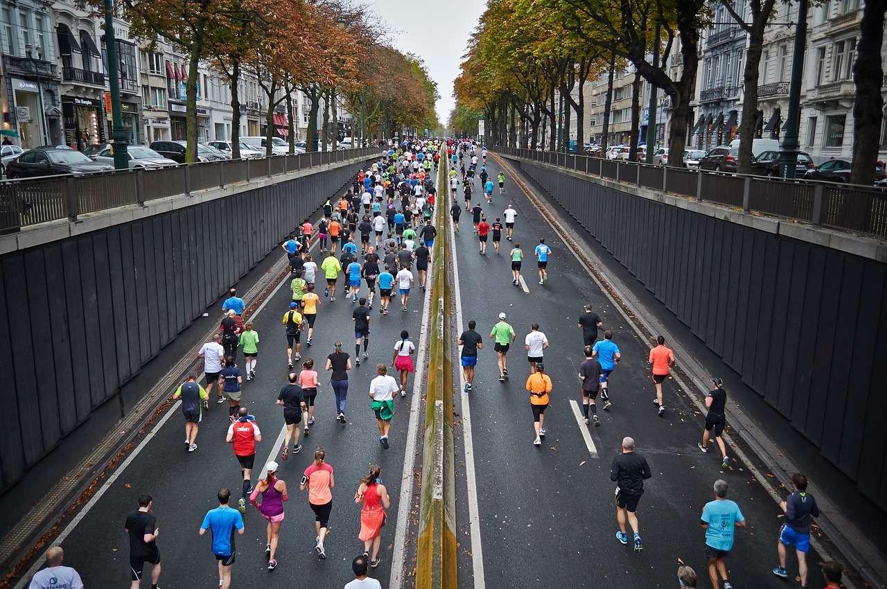 running pain kinesiology